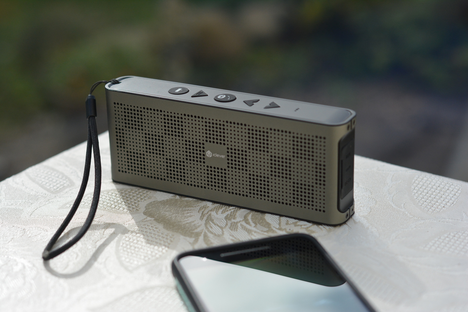 iClever Portable Bluetooth Speaker