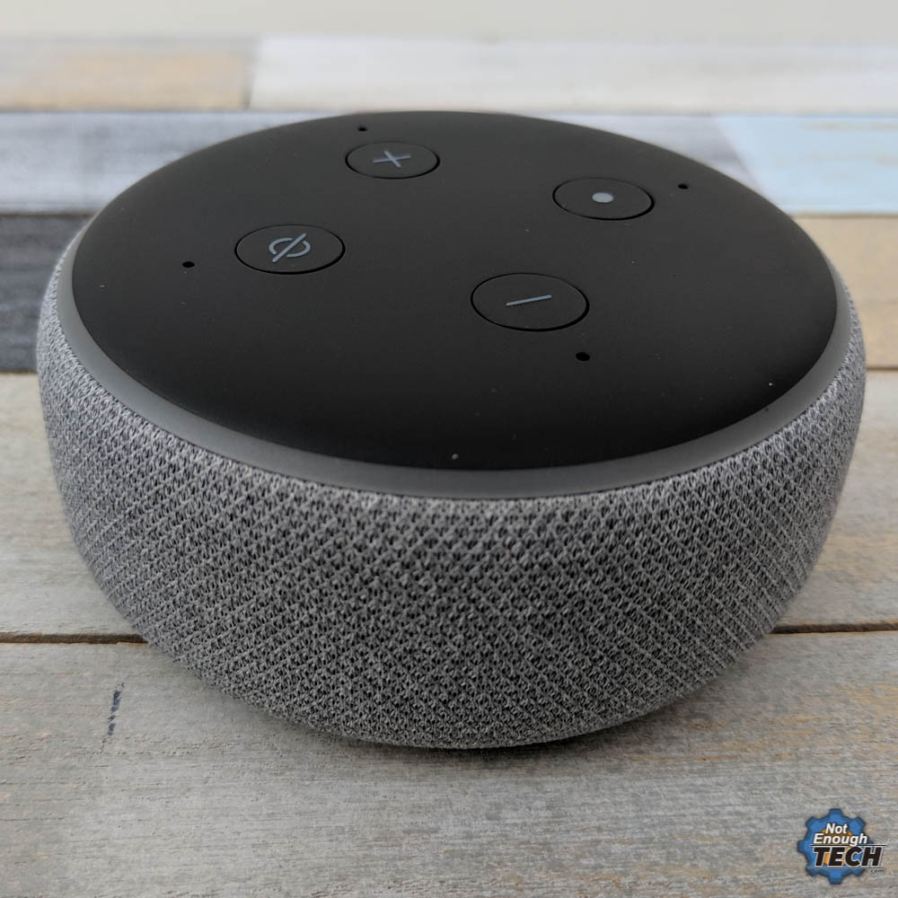 talking to amazon echo dot 3rd gen not enough tech. Black Bedroom Furniture Sets. Home Design Ideas